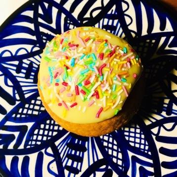 att baka egna muffins..